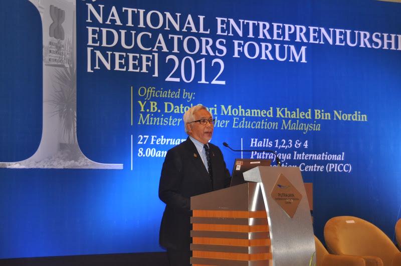 Zakri at the National Entreprenership eEducators Forum 2012